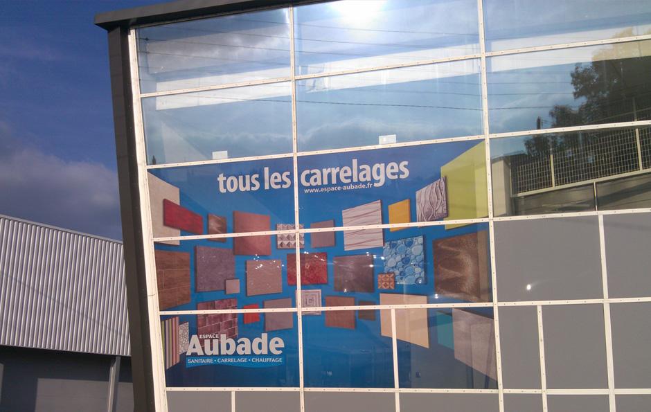 ilicom » Espace Aubade : Habillage vitrine en microperforé